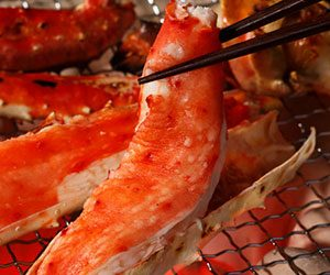 タラバガニの基本の食べ方~タラバガニのバーベキュー